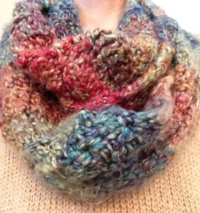Holly_infinity scarf_jan2014